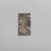Sin título (Pila callejera III), 2015/2016 - Plata en gelatina - 25 x 25 cm
